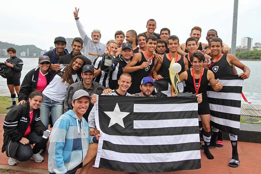 973f281965 O Botafogo já festeja o fim do jejum de 48 anos sem conquistar o Campeonato  Estadual de Remo do Rio de Janeiro. O alvinegro venceu a 5ª Regata neste  domingo ...