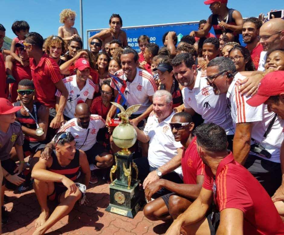 Flamengo vence etapa inicial e larga na frente no Estadual de Remo